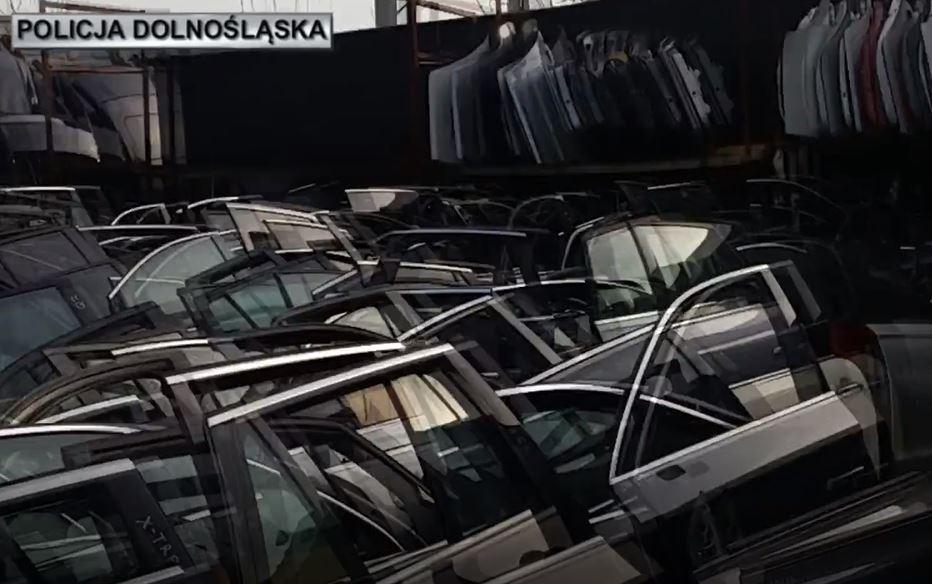 Zlikwidowane dziuple, gdzie trafiały luksusowe auta kradzione wPolsce iza granicą