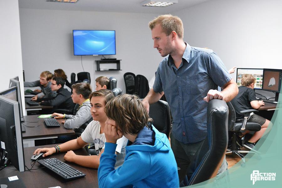 Szkolenie zanimacji komputerowej dla dzieci imłodzieży